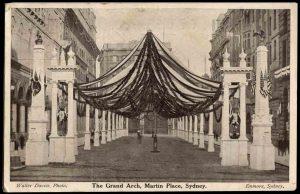 Grand_Arch_Martin_Place