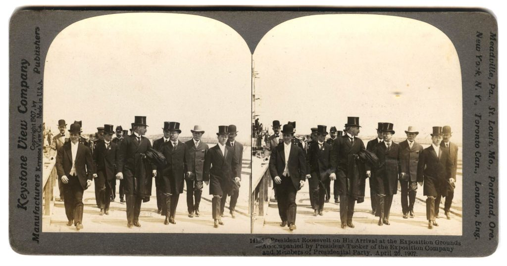 Roosevelt Arriving at Exposition front 001